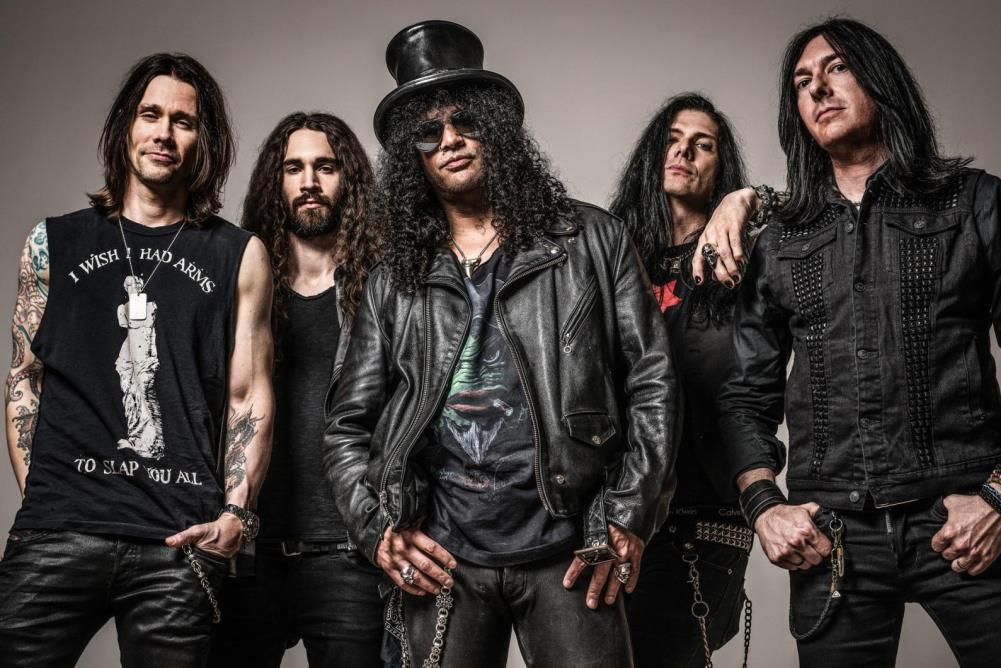 SLASH ft. Myles Kennedy and The Conspirators - World on Fire