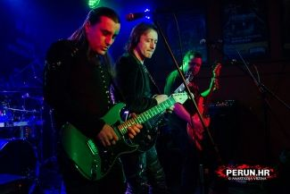 DIVLJE JAGODE (warm up for Deep Purple) - Zagreb, Bikers Beer Factory, 22.04.2017.