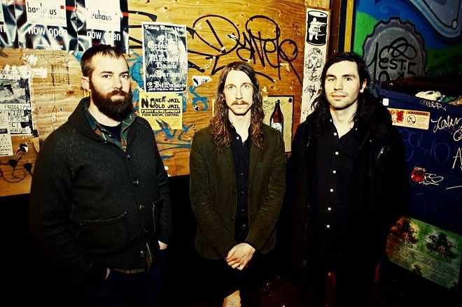Russian Circles w/ Helen Money u Vintage Industrial Bar-u 17.11.2016.